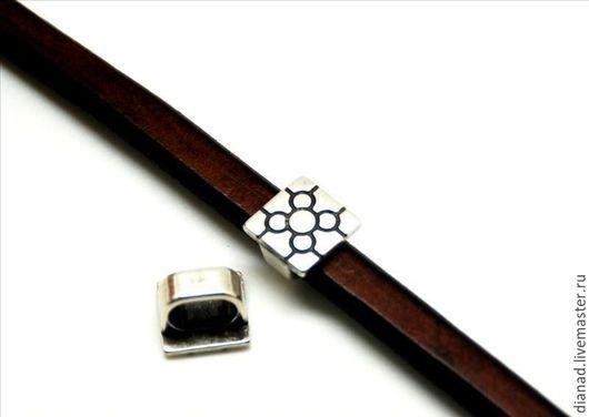 Для украшений ручной работы. Ярмарка Мастеров - ручная работа. Купить Квадратная бусина для браслетов регализ. Handmade. Серебряный