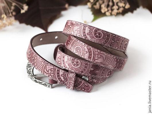 Пояса, ремни ручной работы. Ярмарка Мастеров - ручная работа. Купить Узкий ремень из кожи Медно-розовый. Handmade.