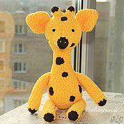 Жираф Пятница 30 см., игрушка вязаная мягкая