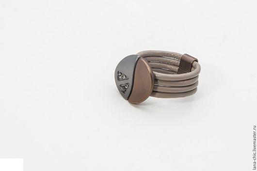 Кольца ручной работы. Ярмарка Мастеров - ручная работа. Купить Кольцо Круг-волна. Handmade. Хаки, кожа натуральная