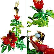 Для дома и интерьера ручной работы. Ярмарка Мастеров - ручная работа Интерьерная композиция из цветного стекла Шмели на шиповнике. Handmade.