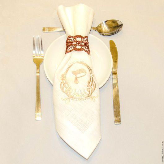 """Кухня ручной работы. Ярмарка Мастеров - ручная работа. Купить Набор льняных салфеток с машинной вышивкой """"Именные"""". Handmade. Белый"""