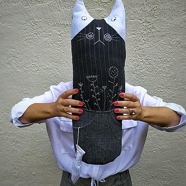 Текстиль ручной работы. Ярмарка Мастеров - ручная работа Подушка-игрушка Кот с рыбой 2. Handmade.
