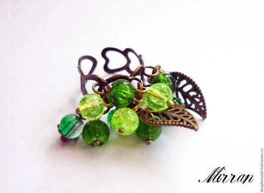 """Персональные подарки ручной работы. Ярмарка Мастеров - ручная работа. Купить Кольцо с подвесками,кольцо зеленое """"Лесные травы"""". Handmade."""