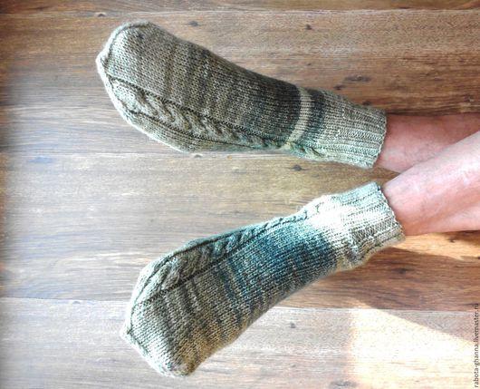Мужские носки из полушерстяной пряжи с косами, расположенными с внешней стороны стопы