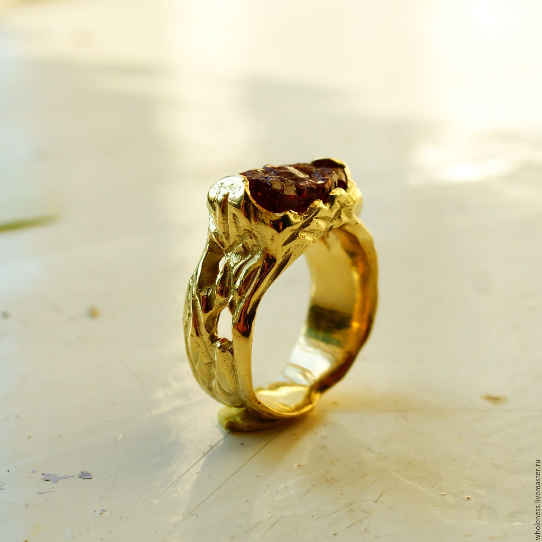 Золотой перстень с гранатом – купить в интернет-магазине на Ярмарке ... a334a74ef2a51