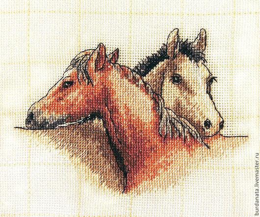 Животные ручной работы. Ярмарка Мастеров - ручная работа. Купить Лошадки - подружки . Вышитая картина в подарок.. Handmade. Лошадки, картина
