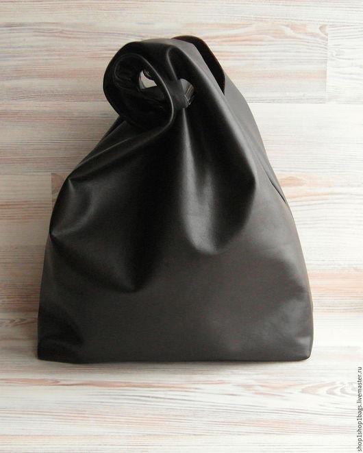 Женские сумки ручной работы. Ярмарка Мастеров - ручная работа. Купить Кожаная сумка на плечо.Сумка-мешок, коричневый, темно-коричневый.. Handmade.