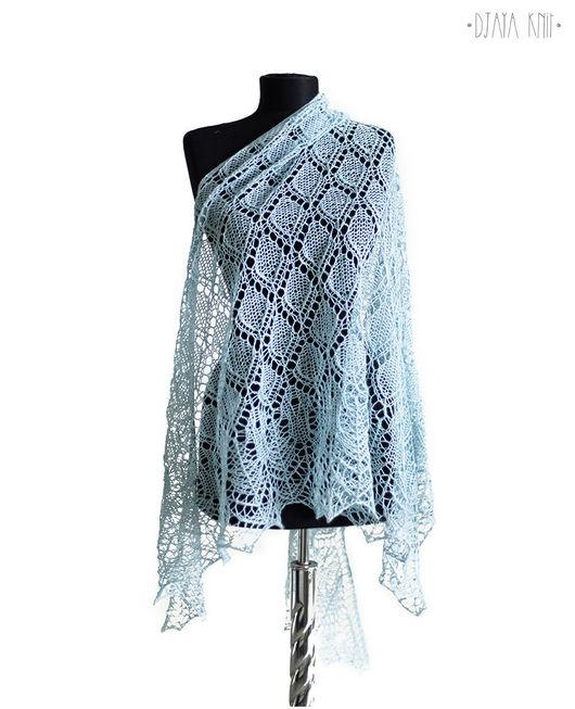 Шали, палантины ручной работы. Ярмарка Мастеров - ручная работа. Купить Нежно-голубая шаль (100% шерсть). Handmade.