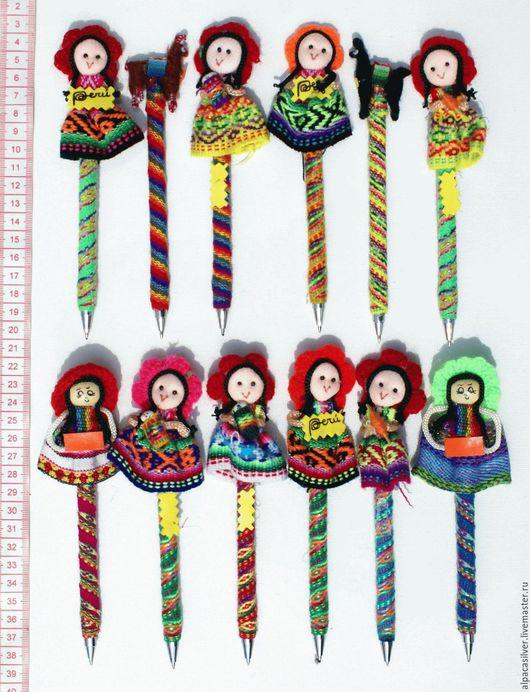 Карандаши, ручки ручной работы. Ярмарка Мастеров - ручная работа. Купить Ручки из ниток, украшенные куклами. Handmade. Комбинированный