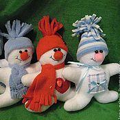 Подарки к праздникам ручной работы. Ярмарка Мастеров - ручная работа весёлые снеговики. Handmade.