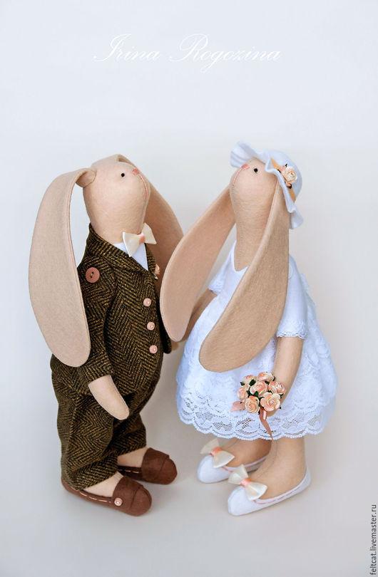 """Подарки на свадьбу ручной работы. Ярмарка Мастеров - ручная работа. Купить """"Шоколад и карамель"""" свадебные зайцы в подарок на свадьбу. Handmade."""
