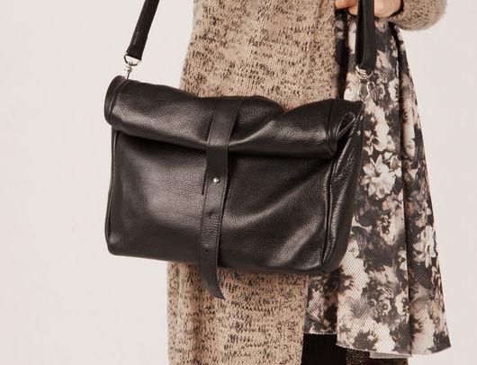"""Женские сумки ручной работы. Ярмарка Мастеров - ручная работа. Купить Кожаная черная сумка женская кросс-боди """"Робин Блэк"""" от A-Rada. Handmade."""