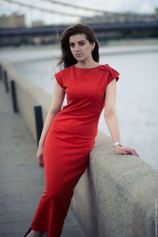"""Платья ручной работы. Ярмарка Мастеров - ручная работа. Купить Длинное трикотажное платье """"Red bull"""". Handmade. Ярко-красный"""
