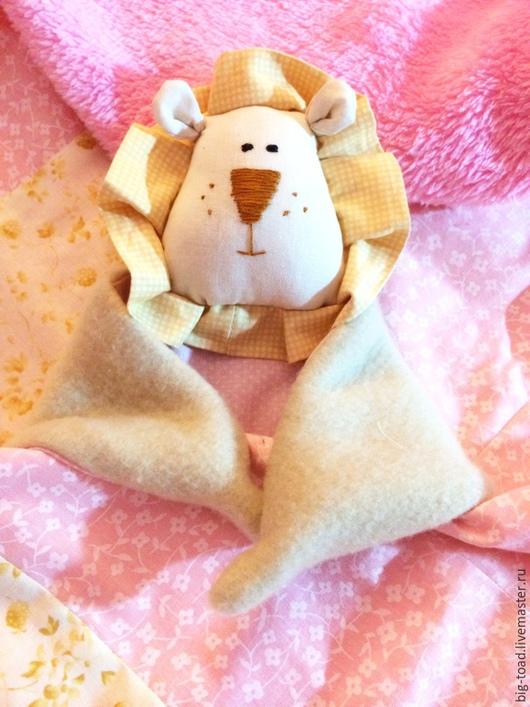 Пледы и одеяла ручной работы. Ярмарка Мастеров - ручная работа. Купить Комплект для новорожденного: одеяло + комфортер. Handmade.