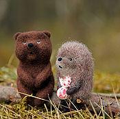 """Куклы и игрушки ручной работы. Ярмарка Мастеров - ручная работа Интерьерная композиция """"Ежик и медвежонок"""". Handmade."""