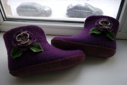 Обувь ручной работы. Ярмарка Мастеров - ручная работа. Купить Тапочки домашние валяные. Handmade. Тапочки из шерсти, шерсть мериносовая