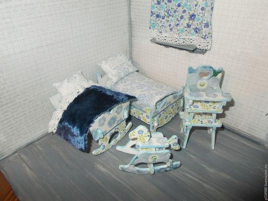 """Кукольный дом ручной работы. Ярмарка Мастеров - ручная работа. Купить Кукольная мебель с декупажем, """"Голубая спаленка"""".. Handmade."""