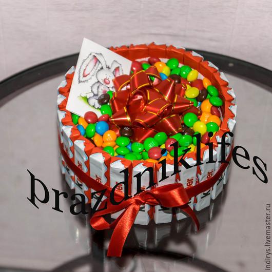Персональные подарки ручной работы. Ярмарка Мастеров - ручная работа. Купить Торт из киндер шоколада M&M мини. Handmade. Разноцветный