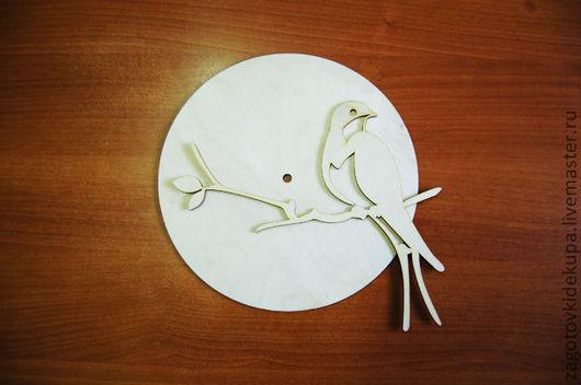 Часы `Ласточка` (продаются в разобранном виде) Размер: 25х25 см Материал: фанера 3 мм