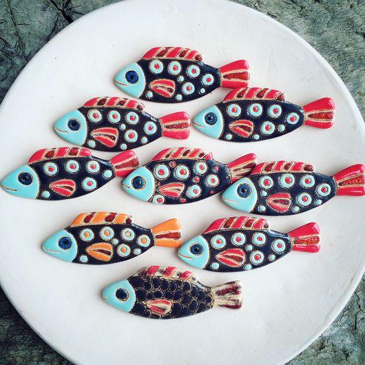 """Броши ручной работы. Ярмарка Мастеров - ручная работа. Купить Брошь """"Рыбка"""". Handmade. Рыба, Керамика, ручная работа"""
