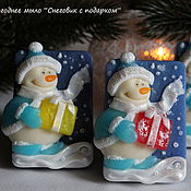 """Косметика ручной работы. Ярмарка Мастеров - ручная работа Мыло """"Снеговик с подарком"""" ручной работы. Handmade."""