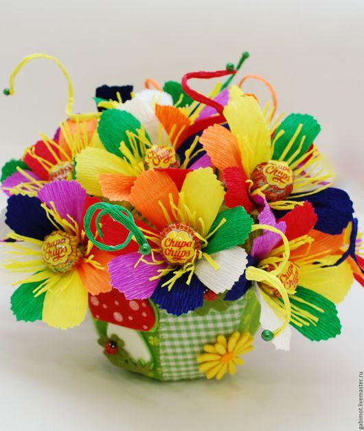 """Букеты ручной работы. Ярмарка Мастеров - ручная работа. Купить Букет из конфет """"Цветик семицветик"""". Handmade. Разноцветный, свитдизайн"""