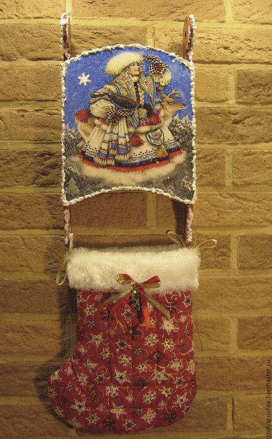 Подвесные панно-санки `Новогодние` с сапожком для подарков.