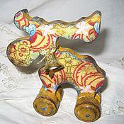 Подарки к праздникам ручной работы. Ярмарка Мастеров - ручная работа Лосик на колесиках. Handmade.