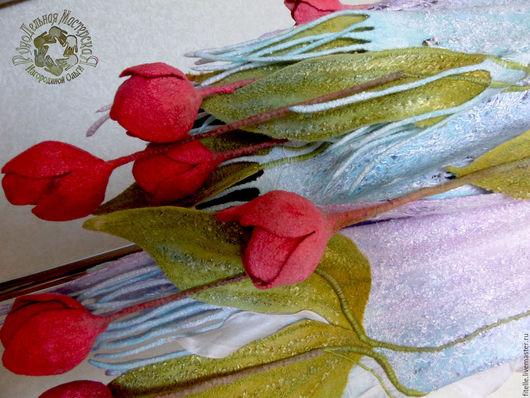 """Шали, палантины ручной работы. Ярмарка Мастеров - ручная работа. Купить Палантин """" Весенние тюльпаны"""". Handmade. Бледно-сиреневый"""