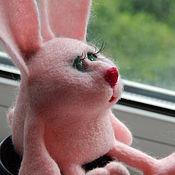 Куклы и игрушки ручной работы. Ярмарка Мастеров - ручная работа Задумчивый Зайка валяная игрушка. Handmade.
