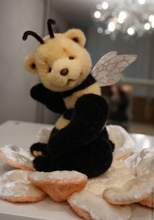 Мишки Тедди ручной работы. Ярмарка Мастеров - ручная работа. Купить Жужик. Handmade. Мишка тедди, пчела, стеклянные глазки