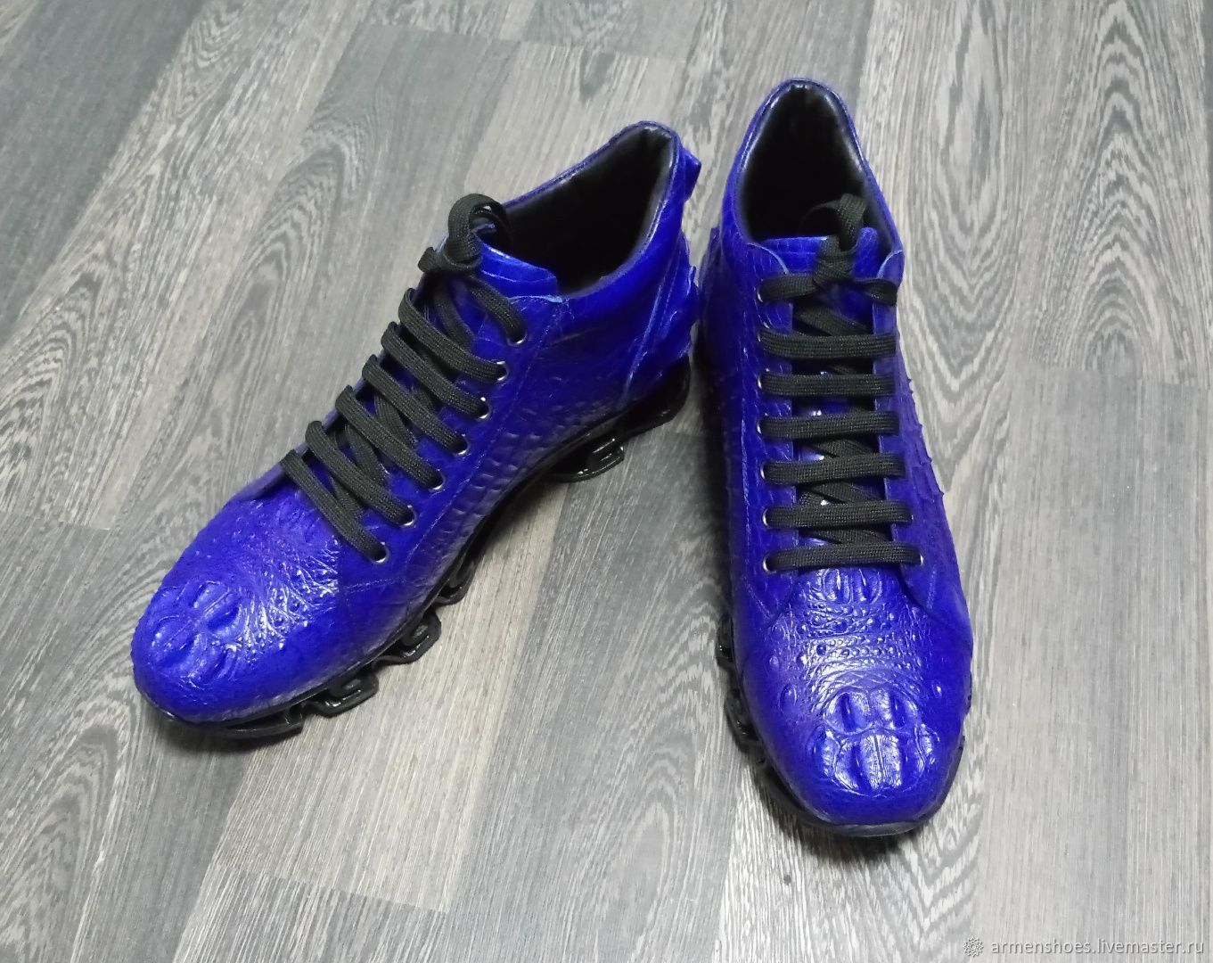 Sneakers made of embossed crocodile skin, in blue, Sneakers, Tosno,  Фото №1