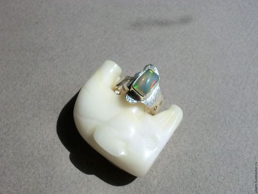 """Кольца ручной работы. Ярмарка Мастеров - ручная работа. Купить кольцо """"Волна"""" - серебро, эфиопский опал. Handmade. Натуральные камни"""