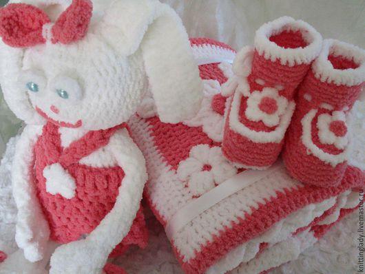 Для новорожденных, ручной работы. Ярмарка Мастеров - ручная работа. Купить Комплект для новорожденной из трех предметов вязаный Мамина ласка.. Handmade.