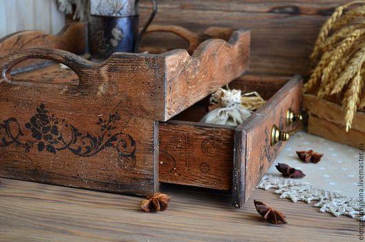 Деревянный чайный сервировочный короб в стиле старого итальянского Кантри.