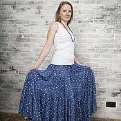 Одежда ручной работы. Ярмарка Мастеров - ручная работа Ярусная юбка из штапеля (белый горох на королевском синем). Handmade.