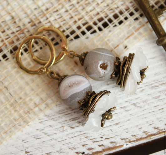 Серьги ручной работы. Ярмарка Мастеров - ручная работа. Купить серьги СНЕЖКА. Handmade. Белый, серьги с камнями, бохо украшения