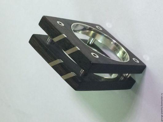 Кольца ручной работы. Ярмарка Мастеров - ручная работа. Купить Кольцо из черного африканского дерева. Handmade. Кольцо женское