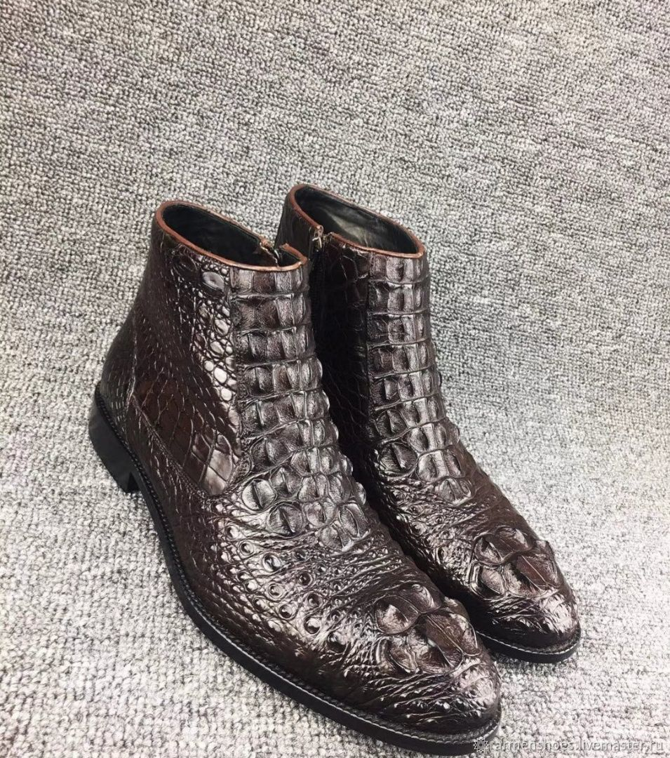 Ankle boots made of embossed alligator skin, in brown, High Boots, Tosno,  Фото №1