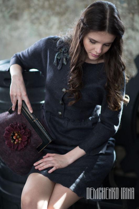Платья ручной работы. Ярмарка Мастеров - ручная работа. Купить Валяное платье «Графитовое». Handmade. Черный, дизайнерское платье, в парке