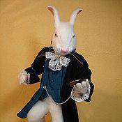 """Куклы и игрушки ручной работы. Ярмарка Мастеров - ручная работа Авторская кукла """"Белый Кролик"""". Handmade."""