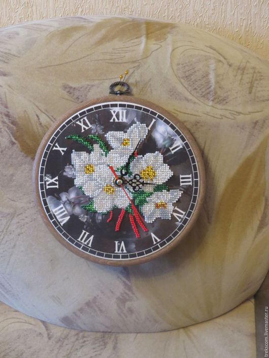 Картины цветов ручной работы. Ярмарка Мастеров - ручная работа. Купить Часы Ромашки. Handmade. Комбинированный, часы интерьерные, бисер