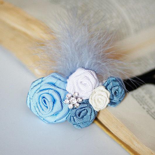 """Свадебные украшения ручной работы. Ярмарка Мастеров - ручная работа. Купить """"Голубые розы со стразами и пером"""" повязка для волос. Handmade."""