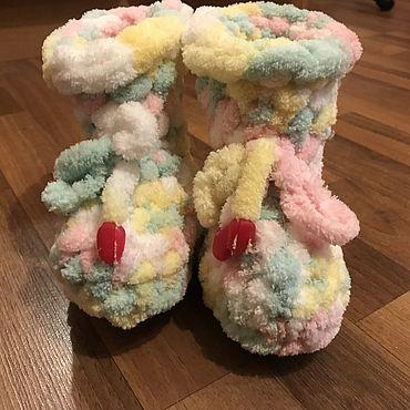 Обувь ручной работы. Ярмарка Мастеров - ручная работа Пинетки: супер мягкие разноцветные пинетки из микрополиэстра. Handmade.