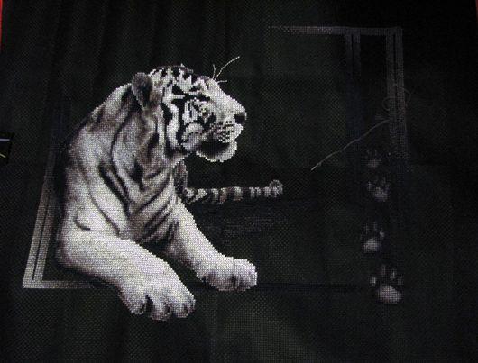 Животные ручной работы. Ярмарка Мастеров - ручная работа. Купить белый тигр. Handmade. Мулине, канва