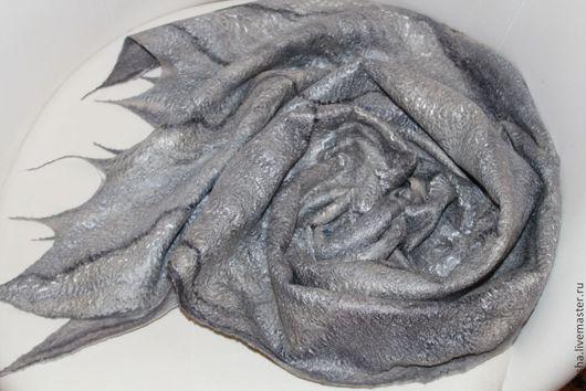 """Шали, палантины ручной работы. Ярмарка Мастеров - ручная работа. Купить Палантин валяный """"Серебро"""". Handmade. Серый, палантин из войлока"""