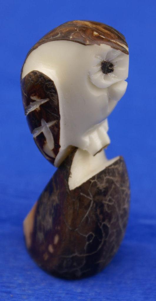 Статуэтки ручной работы. Ярмарка Мастеров - ручная работа. Купить Коричневая лесная сова небольшая фигурка статуэтка из ореха тагуа. Handmade.