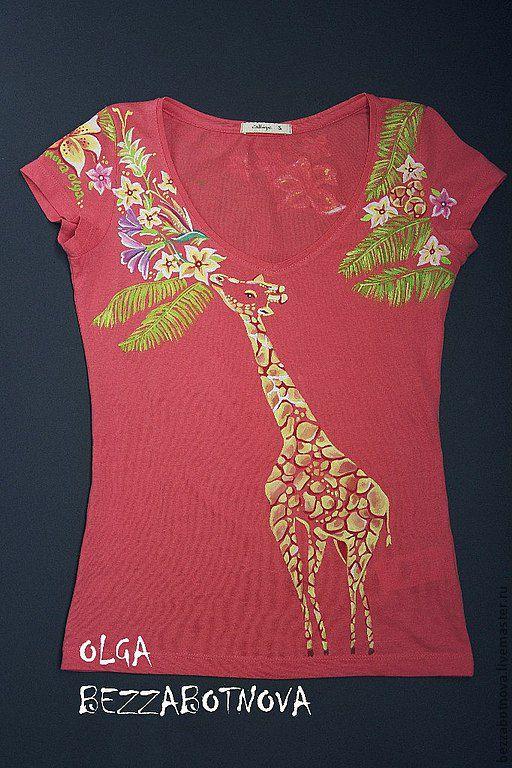 Милый жираф на прогулке. Авторская роспись, выполненная вручную.