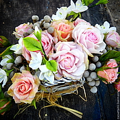 Цветы и флористика ручной работы. Ярмарка Мастеров - ручная работа Интерьерная композиция из холодного фарфора с розами и жасмином. Handmade.